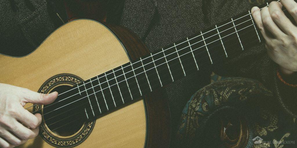 tokkelen op gitaar - vier oefeningen